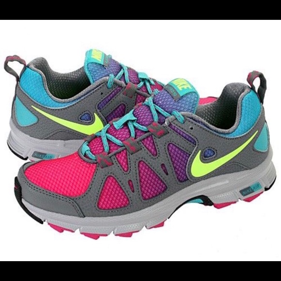 a18b0e633701a Women s Air Alvord 10 Nike Shoes. M 5ba84cd62beb79ffa297f34b